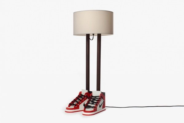 "GROTESK X CASE STUDYO : ""6FT 6IN"" LA LAMPE SNEAKERS"
